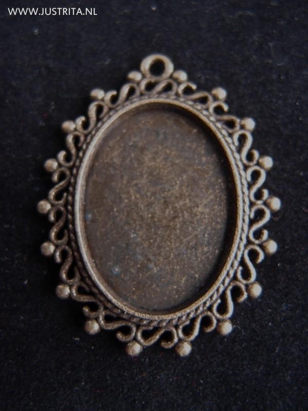Hanger / cabochonsetting oud brons met mooie rand.