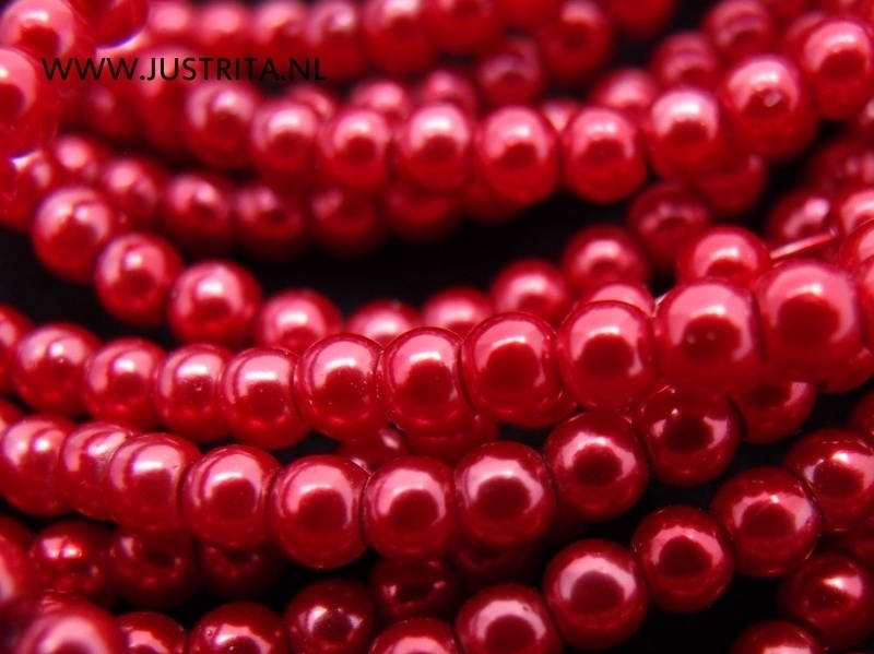 Glasparels 3 mm rood per streng