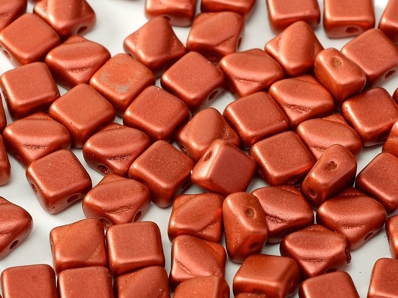 Silky Beads 2-hole 6 x 6 mm Lava Red (per 18)