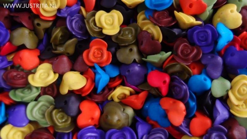 15 stuks mix resin roosjes 14.5 mm