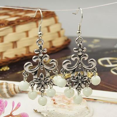 Antiek zilveren oorbellen wit