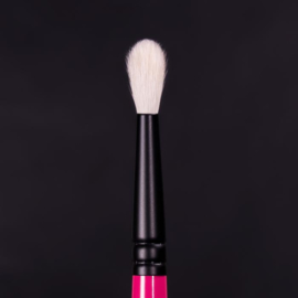 Whats Up Beauty - R102.  Crease Blending Eyeshadow Brush