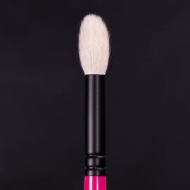 Whats Up Beauty - R104. Fluffy Blending Eyeshadow Brush