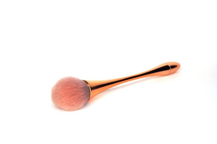 Koko & Claire - Luxury Dust Brush
