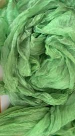 Margilan / kaas kant zijde, nummer 12 lente groen zelf geverfd 90 breed prijs per meter