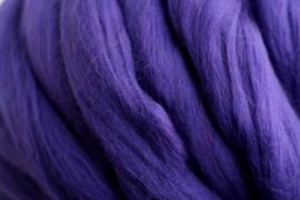 Merinowol (50 gram), donker lila, kleurcode 102, 20-21 micron