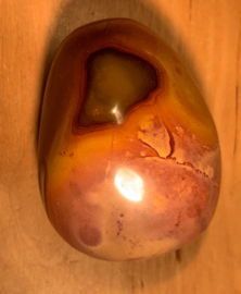 Polychroom jaspis, nummer 3, 103 gram