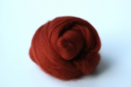 Merinowol (50 gram), roestbruin, kleurcode 135, 20-21 micron