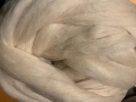 Nieuwzeelandse wol, ecru, 24 micron, prijs per 50 gram