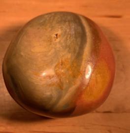 Polychroom jaspis, nummer 6, 147 gram
