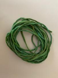 Gerolde ponge zijdedraad, groen  tinten, per 5 meter, nummer 40