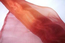 Rood tinten oker organza, synthetisch, 150cm breed, prijs per meter