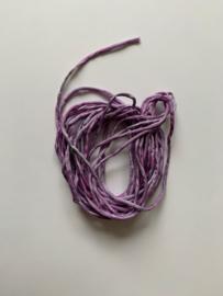 Gerolde ponge zijdedraad, lila paars tinten, per 5 meter, nummer 41