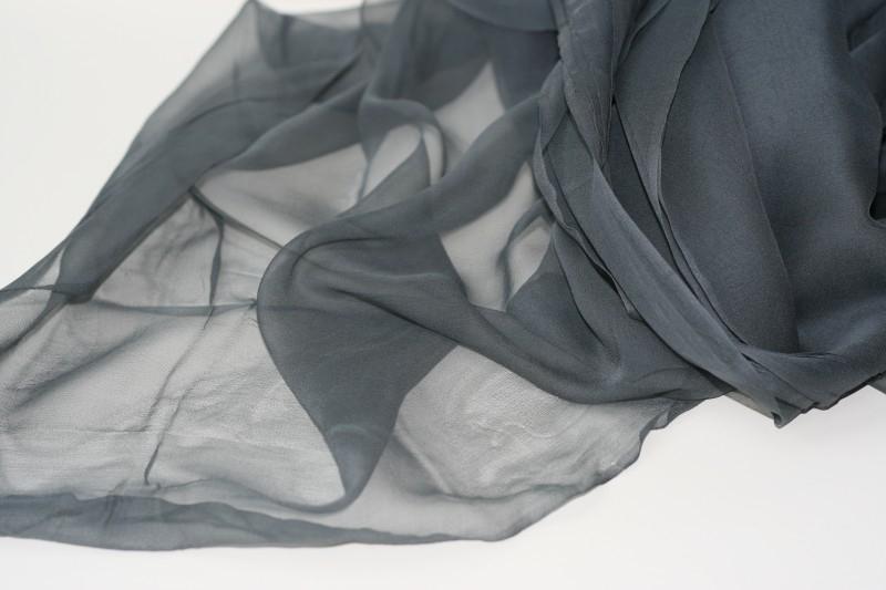 Chiffon zijde 3.5, grijs, 110 breed, per meter, 14g/m, prijs