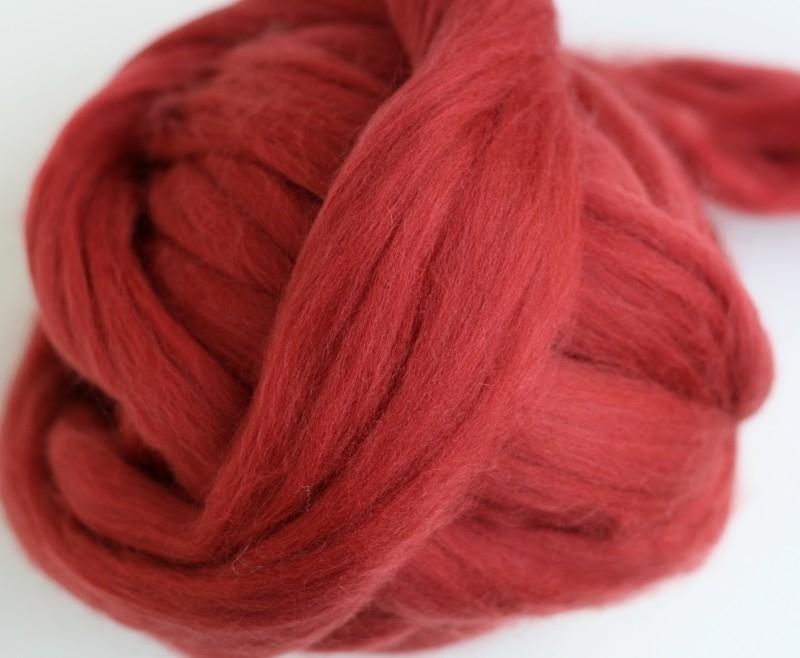Merinowol (50 gram), roestrood, kleurcode 115, 20-21 micron