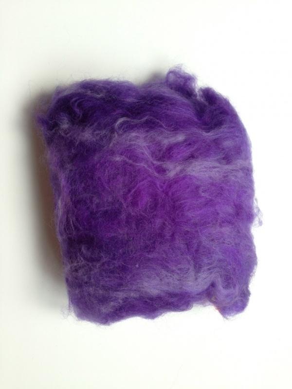 Gekaarde merinowol, paars tinten, per 25 gram