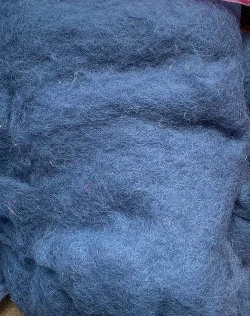 Bergschaap in vlies, midden blauw