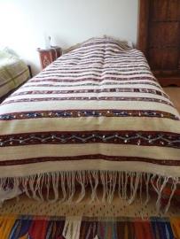 bed overtrek/ tapijt handira