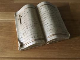 de bijbel als boek decoratie