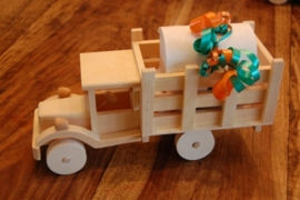 houten vrachtauto