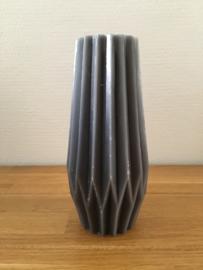 Gusta Kaars 19,3 cm kleur grijs