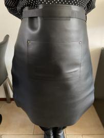 Sloof schort leder lang kleur zwart