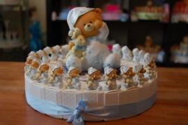 beer jongen met knuffel taart 30 pers