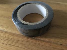 rolletje zwarte tape (3d raam ooievaar)