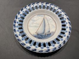 "Royal Makkum Plate ""Boat"" Color"