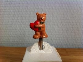 beer beren met hart incl metalen clip per stuk