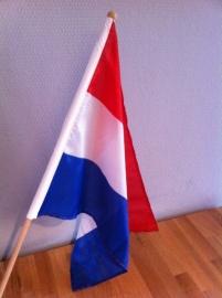 zwaai vlag op stok rood wit blauw demo