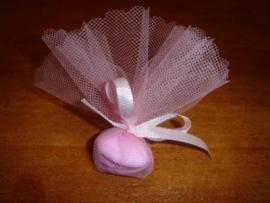 a2 bedankje tule roze met hartpepermuntjes