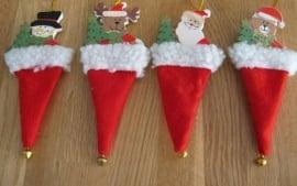 kerst muts poppetjes met belletje