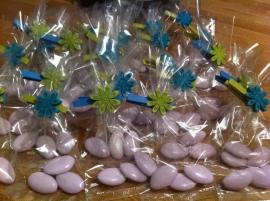 foliezakje gevuld met snoepgoed