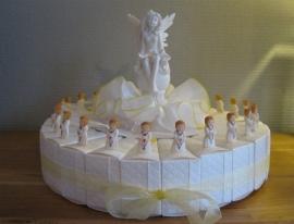 communie meisje met boek taart