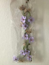 bloemenslinger decoratief 1.5 meter kleur paars