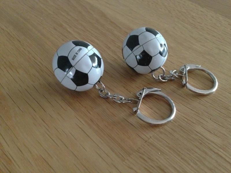 voetbal sleutelhangers prijs per stuk