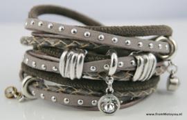 Handgemaakte leren armband grijs taupe leer diverse bandjes