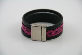 Magneetarmband zwart, fuchsia roze print leer, maat S/M