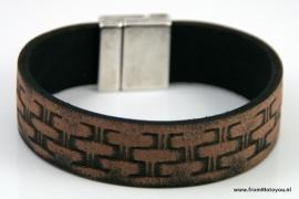 Handgemaakte leren heren armband smal vintage bruin motief