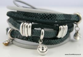 Handgemaakte leren armband grijs leer diverse bandjes