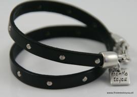 Zwarte leren armband met studs