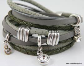 Handgemaakte leren armband groen en grijs diverse bandjes