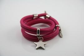 Stars on Colourz fuchsia leren armband met ster bedel