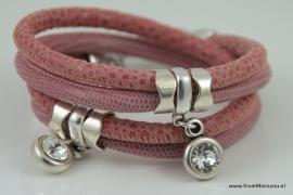 Handgemaakte leren armband roze print leer met swarovski