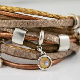 Leren wikkelarmband brons, taupe met goudkleurig leer met hangers