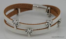 Leren wikkelarmband wit met metalen schuivers palmboom