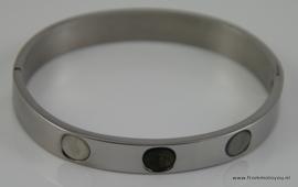 Stalen armband met steentjes