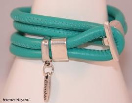 Stars on Colourz turquoise leren armband met ster bedel