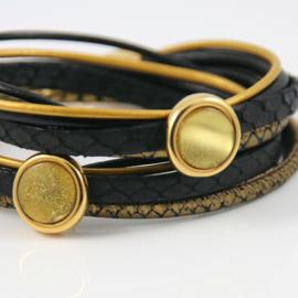 Wikkelarmband leren bandjes zwart  en goudkleur met schuivers